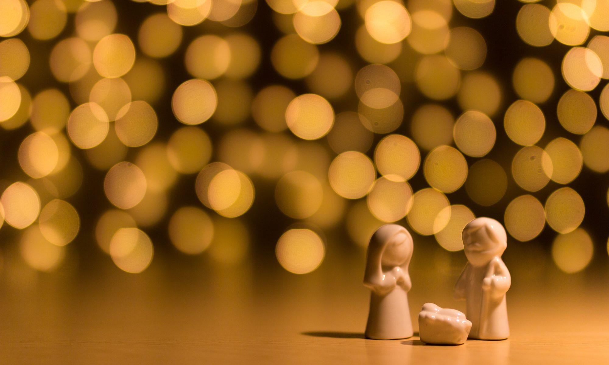 Advent family