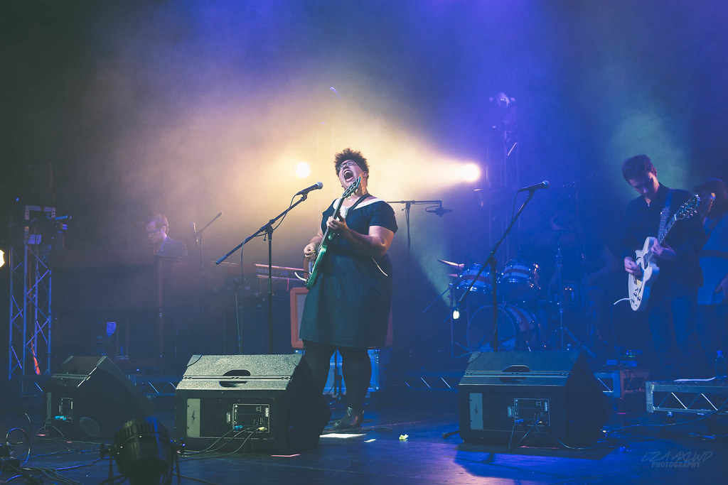 Photo of Brittany Howard of Alabama Shakes, taken by Liza Agsalud. Used under CC2.0